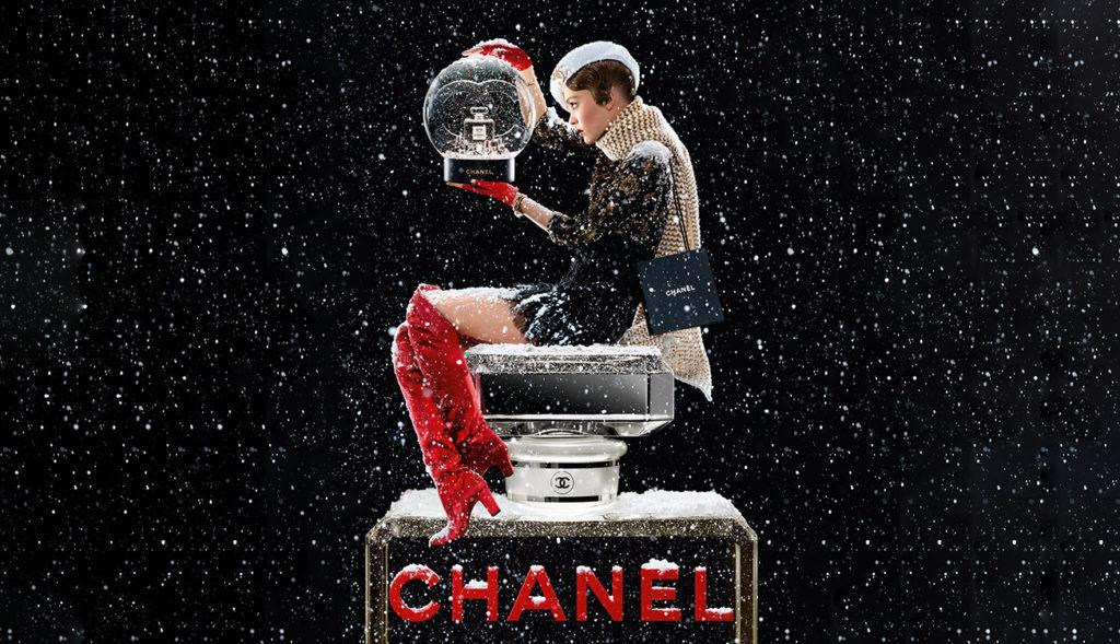 Chanel Snow Globe 2019
