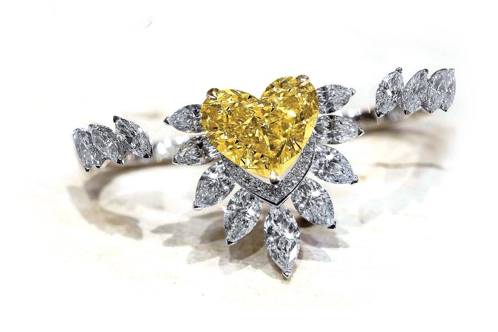 Messika 18ct white gold, fancy yellow diamond and white diamond ring