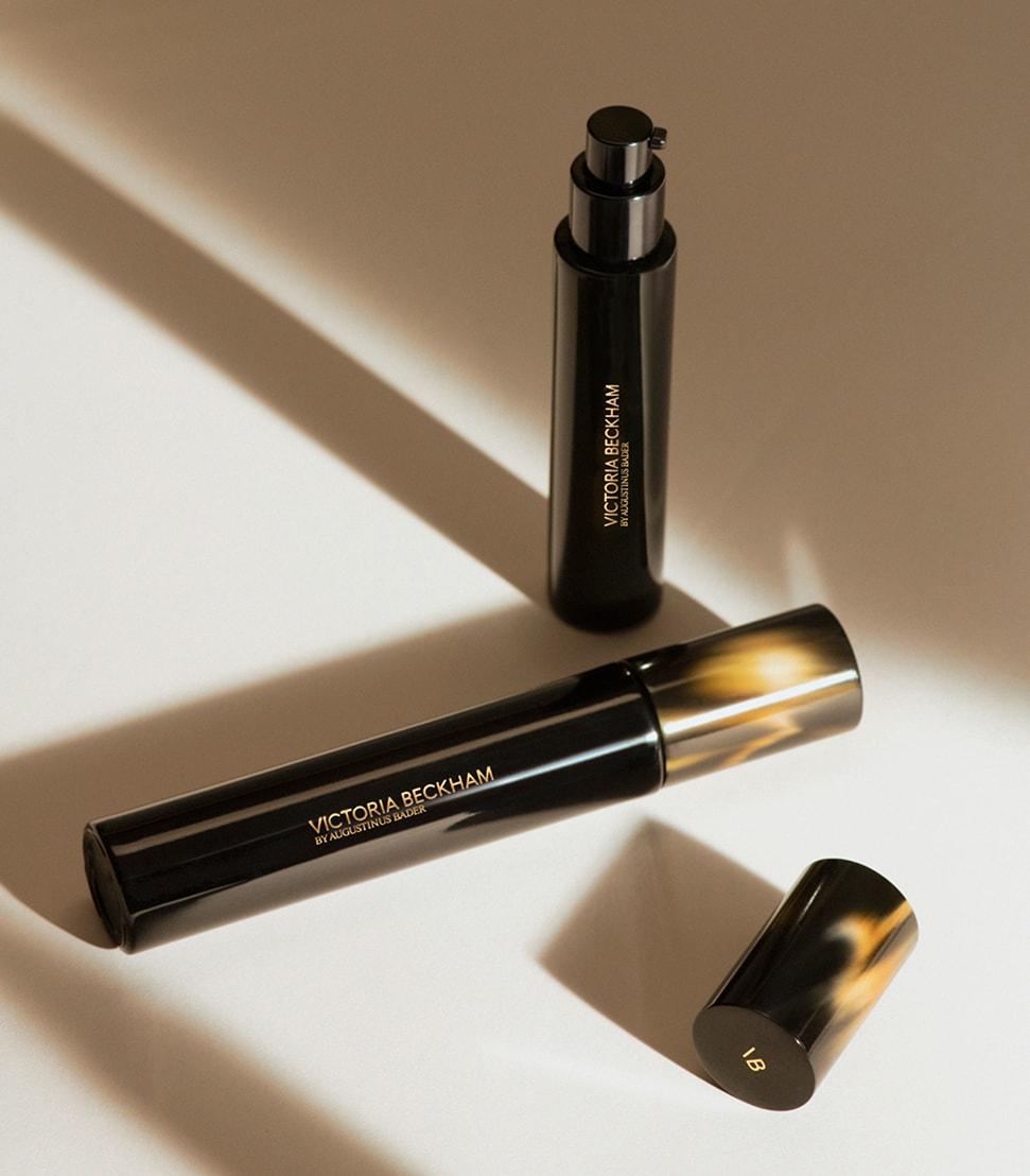 Victoria Beckham Beauty Cell Rejuvenating Priming Moisturiser Products