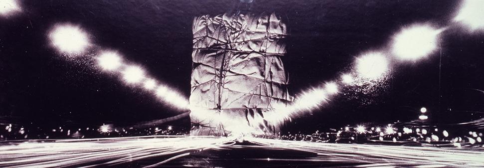 Christo, Édifice public empaqueté (Projet pour l'Arc de Triomphe, Paris), 1962-1963