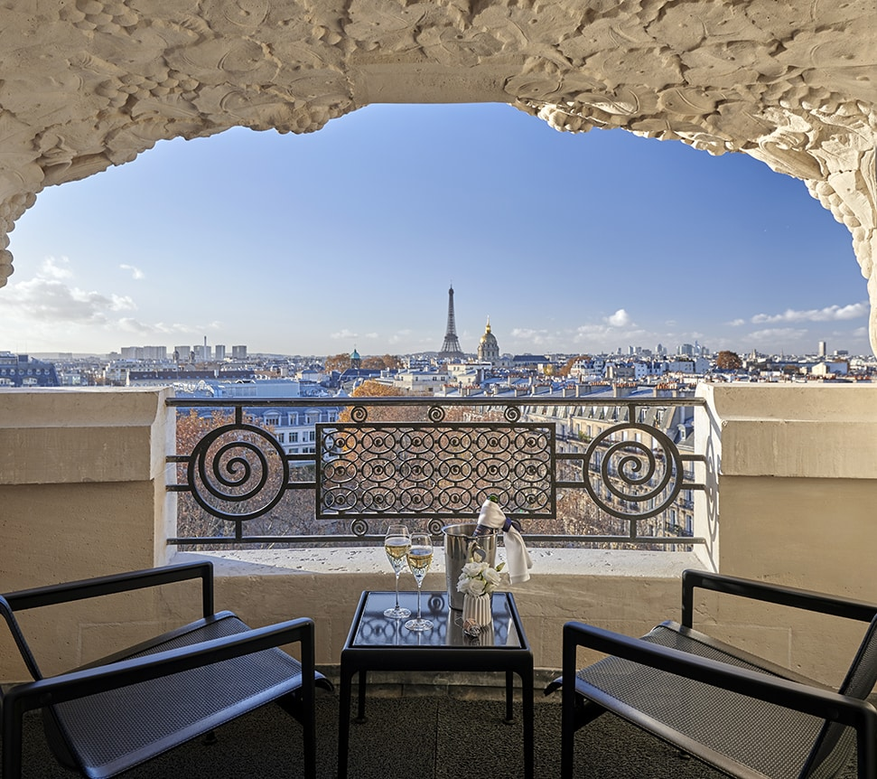 Hotel Lutetia The Eiffel Writers Suite terrace view