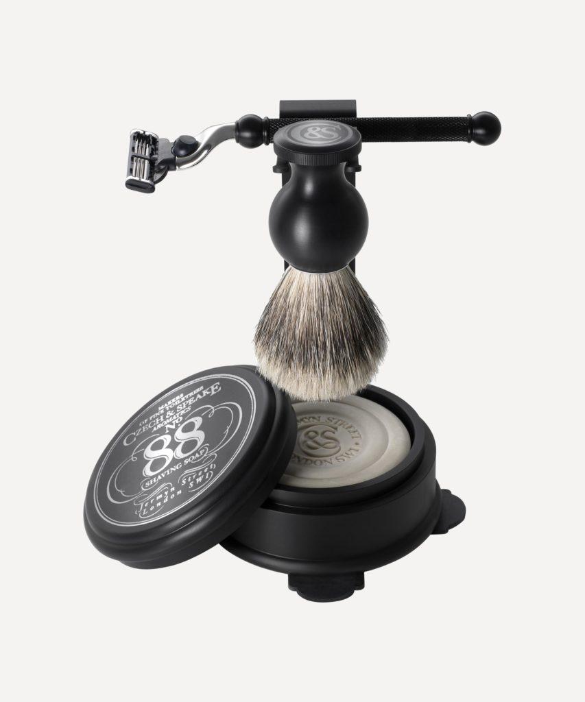 Czech and Speak shaving kit for mens grooming