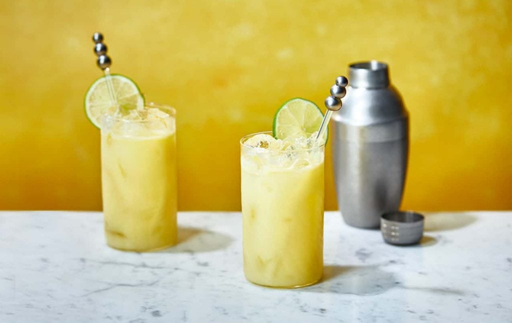 Lemon Drizzle Sling cocktail
