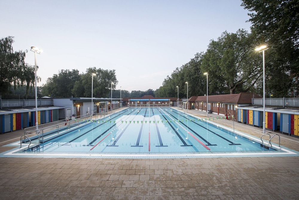 London Fields Lido, one of the best outdoor swimming pools in London