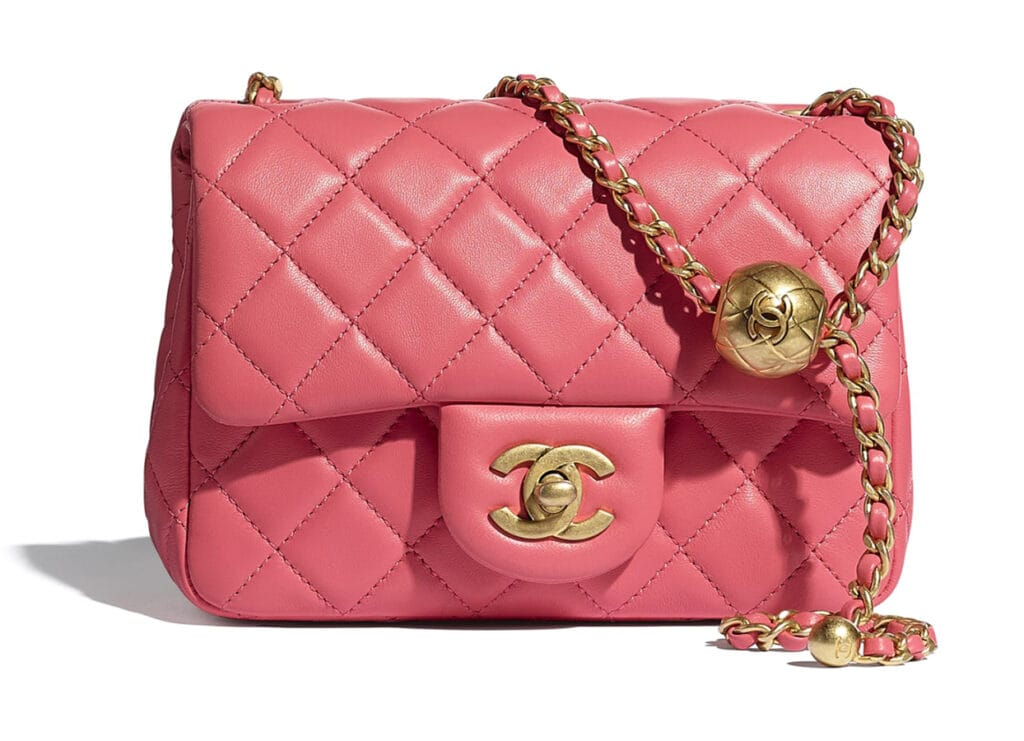 CHANELflap bag coral lambskin gold tone metal lambskin gold tone metal packshot default as1786b02916na106 8832563576862