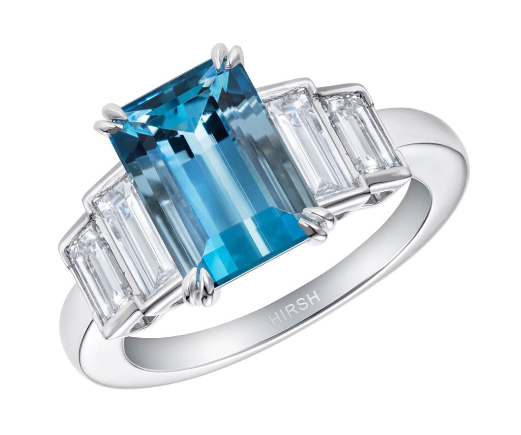 Exuding the tranquility of ocean, from deep blue to green turquoise, aquamarine is a dazzling addition to any jewellery box