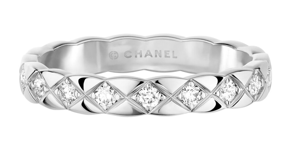 Golden Globes 2021: The stand-out jewellery on the virtual red carpet J11871 COCO CRUSH Slim ring WG DIAS RGB