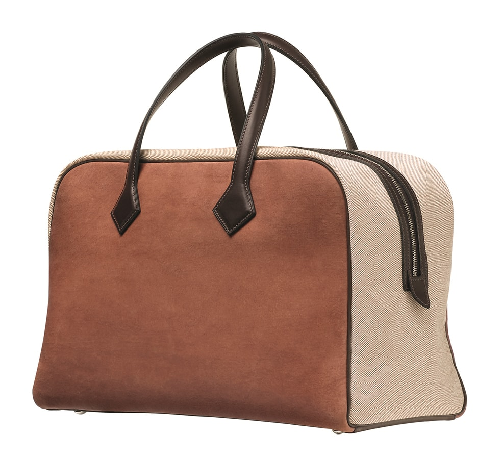 Stella McCartney & Hermès Create Mushroom Leather Fashion – The Victoria bag in Sylvania mycelium leather and plume canvas